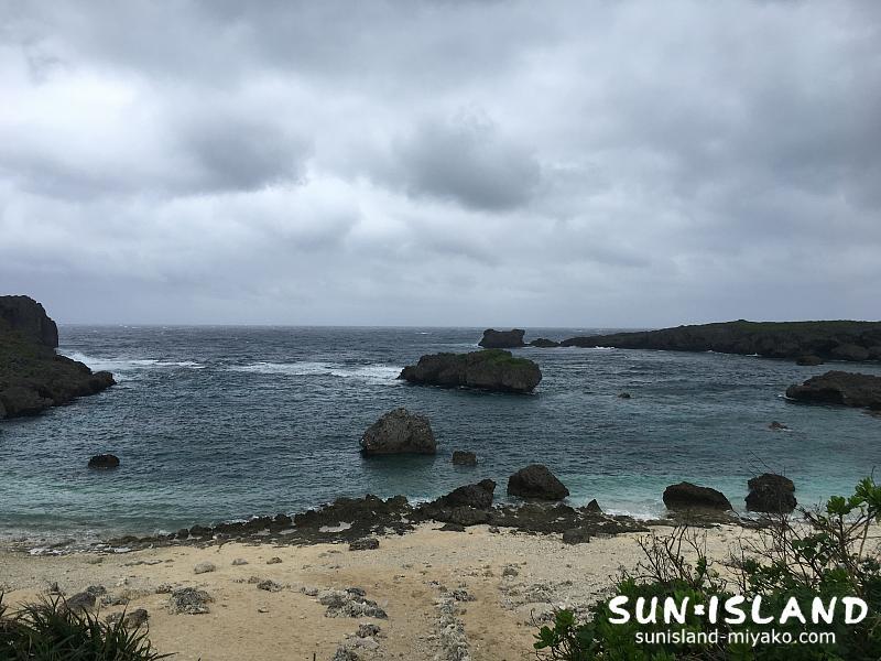 時化てる中の島ビーチ