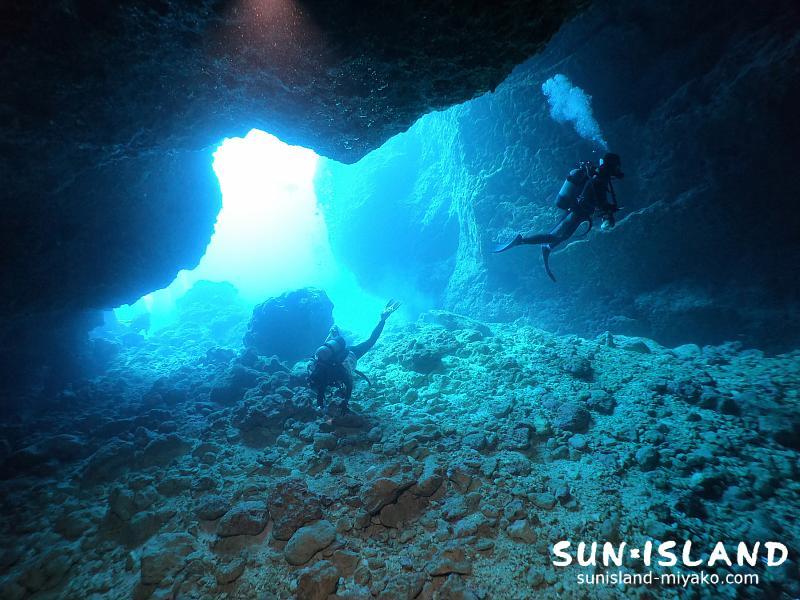 下地島ダイビングスポット『35ホール』