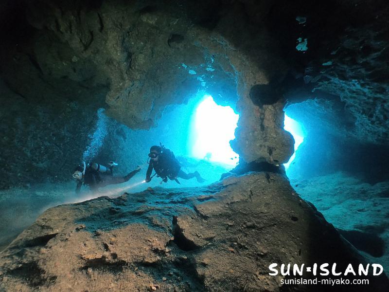 下地島ダイビングスポット『ミニ通り池』