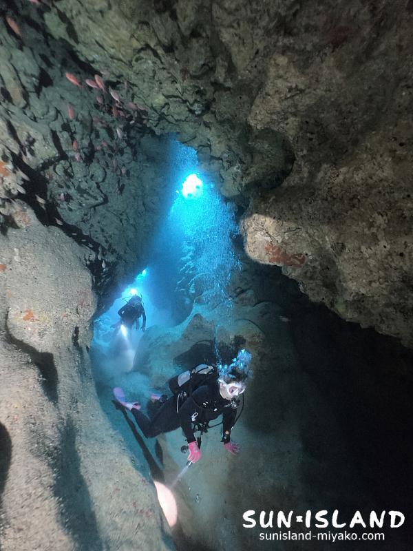 下地島ダイビングスポット『ツインケーブ』