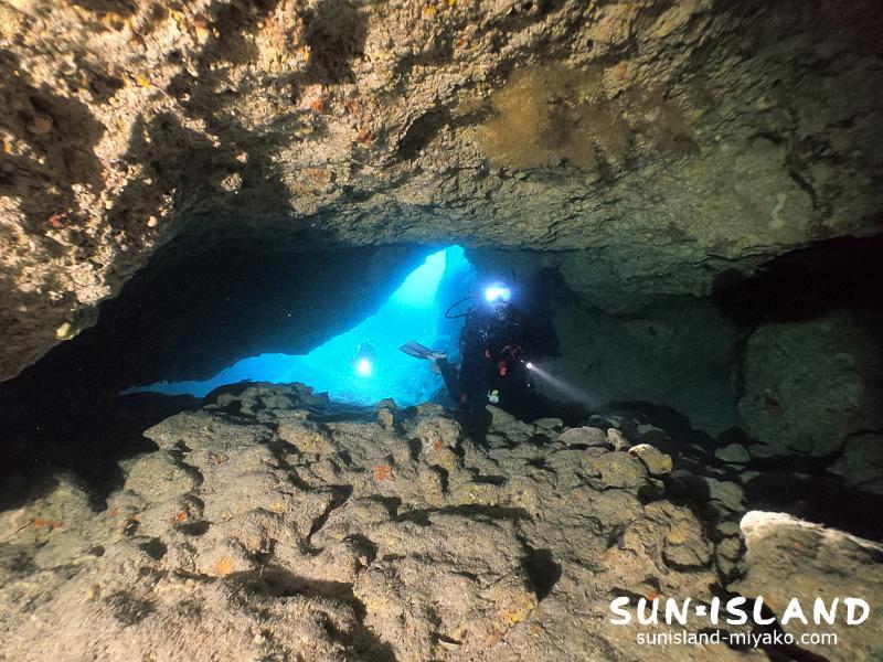 伊良部島ダイビングスポット『ワープホール』