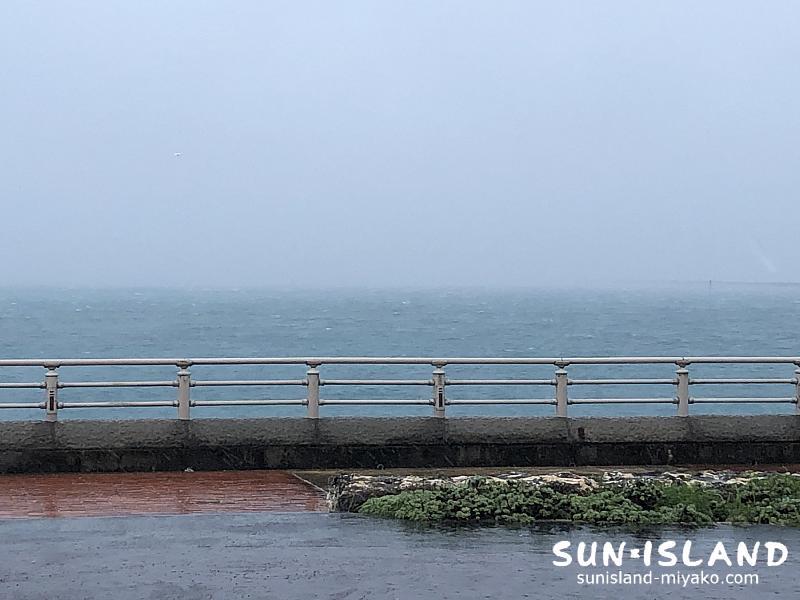 台風接近の宮古島の様子