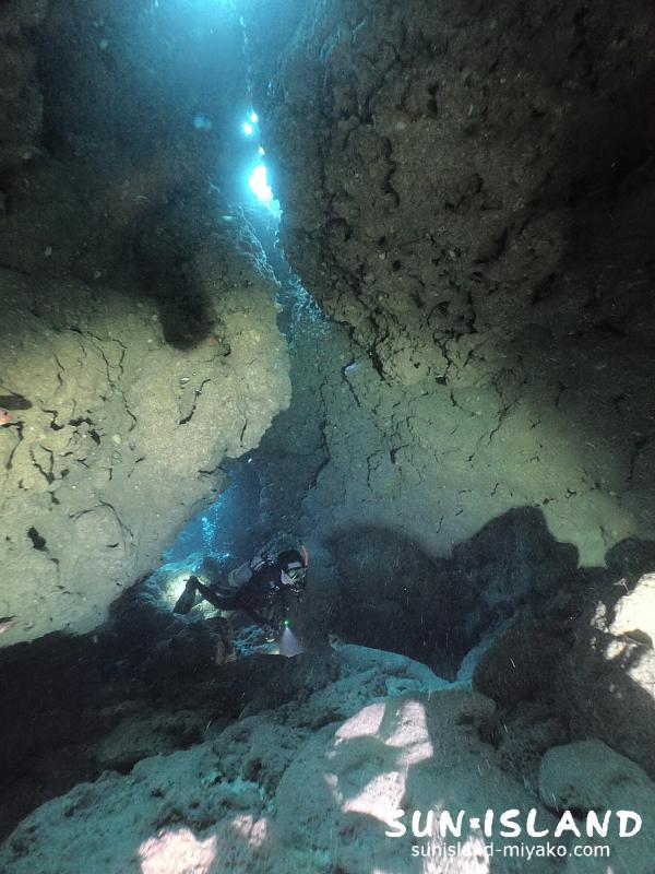 下地島ダイビングスポット『なるほどザ・ケーブ』