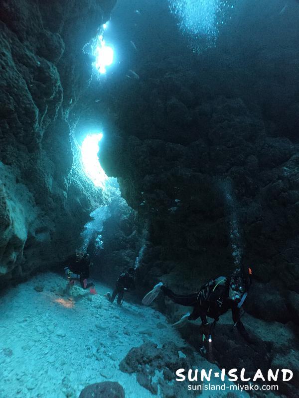 下地島ダイビング『なるほどザケーブ』