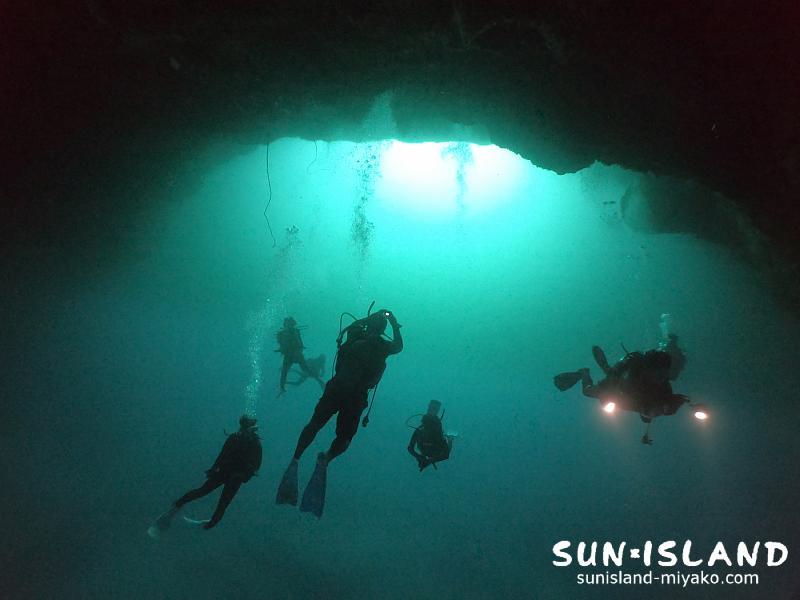 宮古島ダイビングの人気スポット『通り池』