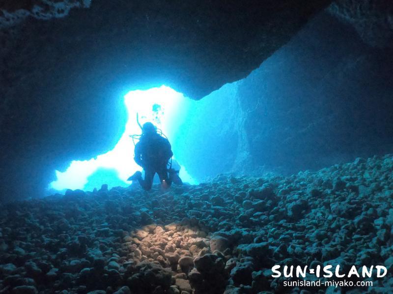 下地島ダイビングスポット『35ホール』入口