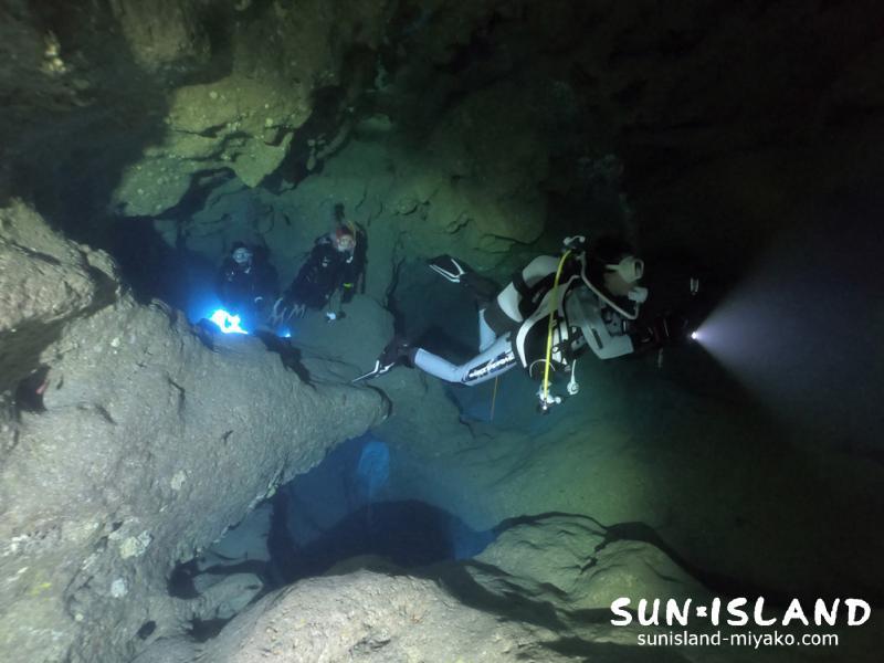 下地島ダイビングススポット『ミニ通り池』