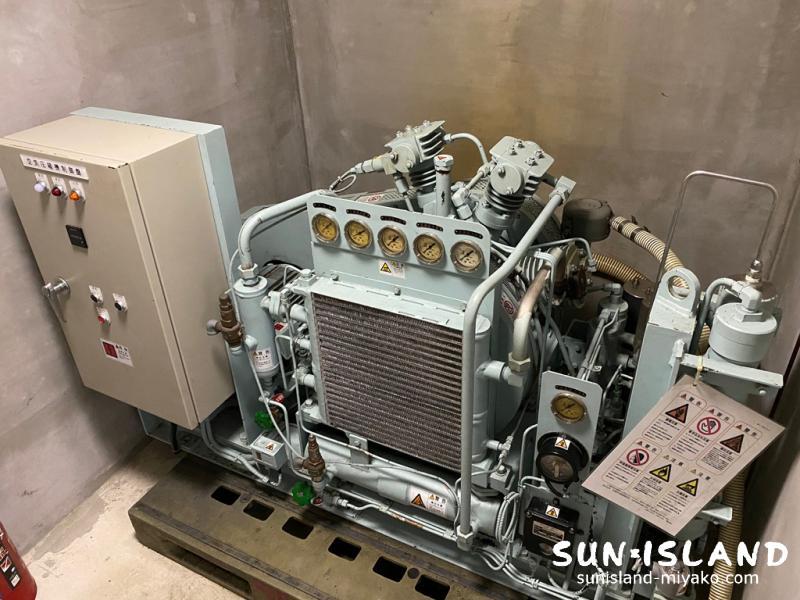 高圧コンプレッサー