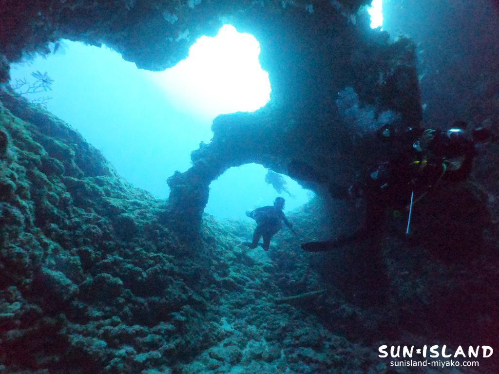 下地島ダイビングスポット「アントニガウディ」